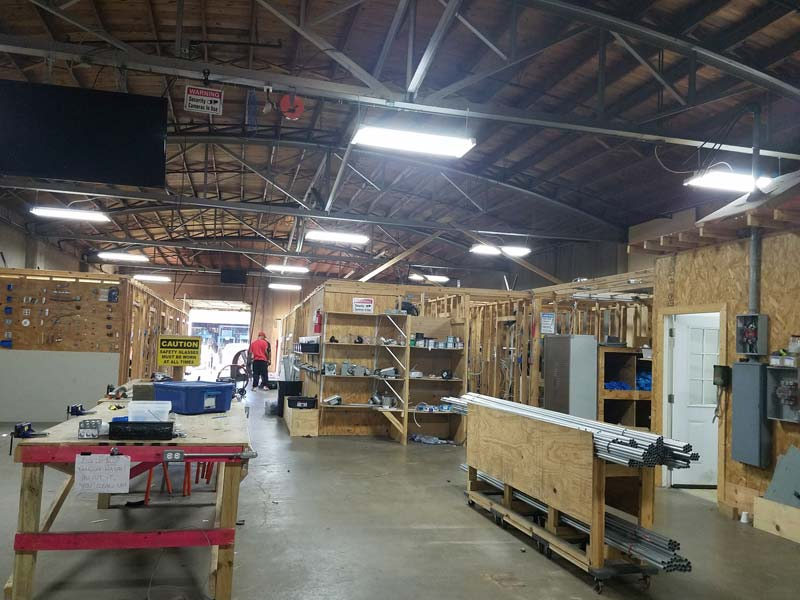 Electric LAB - Houston School of Carpentry